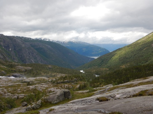 Looking down over the Husedalen Valley